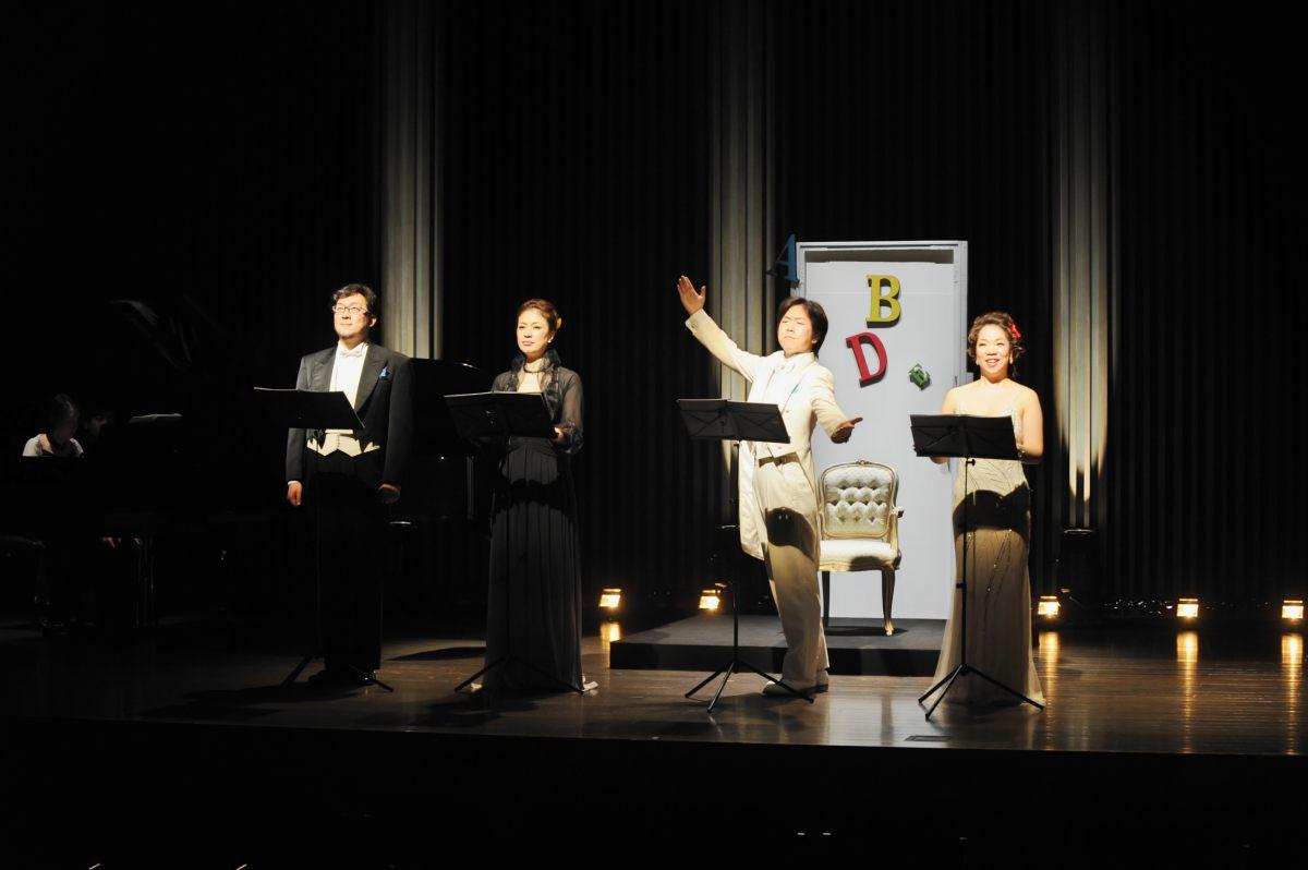 【公演レポート】《4音オペラ》日本語版世界初演