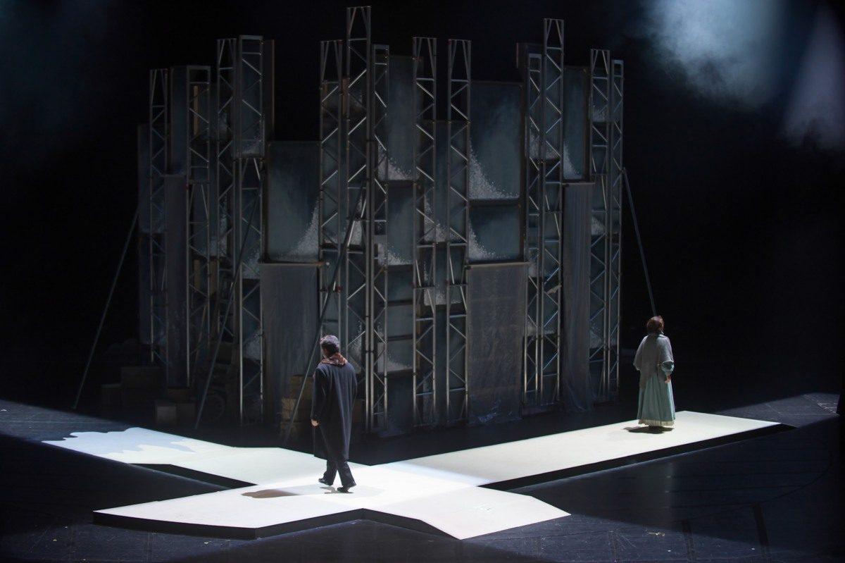 【公演レポート】東京オペラプロデュース《復活》---文豪トルストイの名作を《トゥーランドット》の補完で知られるアルファーノがオペラ化
