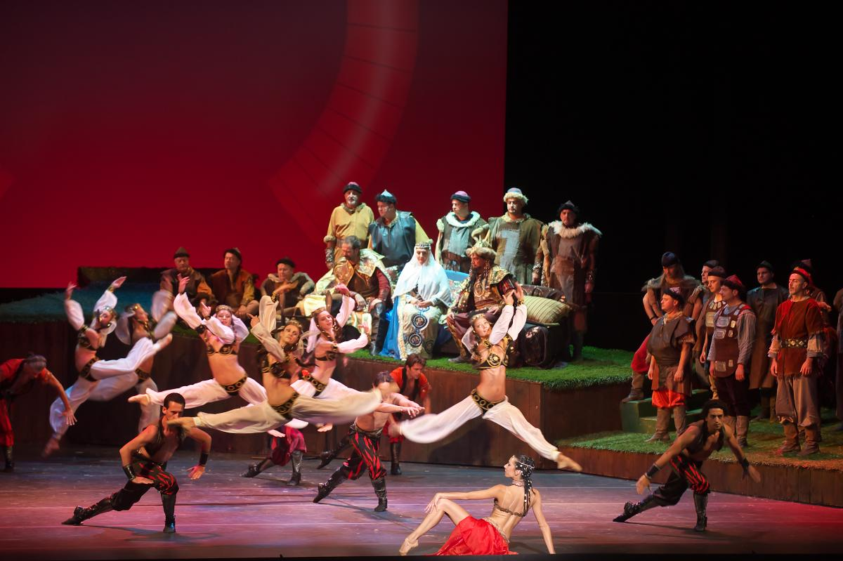 【公演レポート】圧巻の歌とバレエの一大歴史絵巻—ブルガリア国立歌劇場来日公演《イーゴリ公》