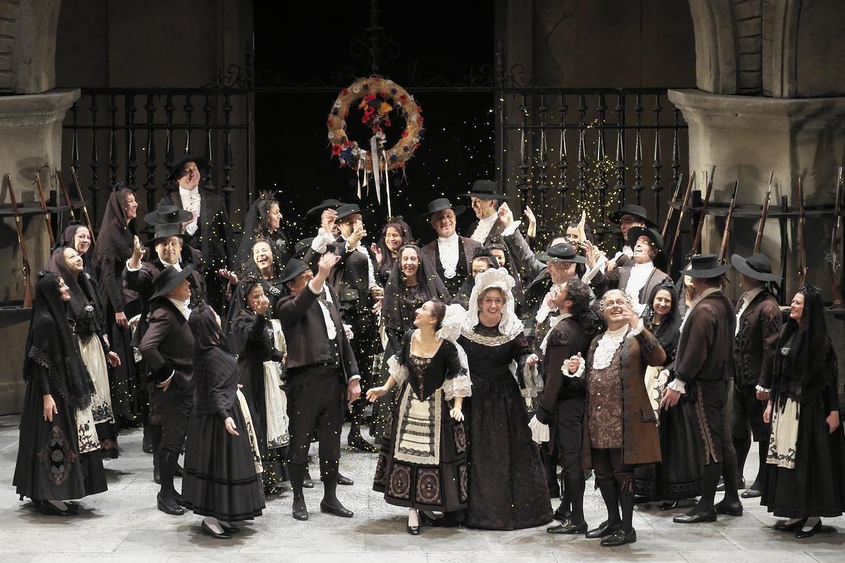 ウィーン国立歌劇場 日本公演 2016《フィガロの結婚》より