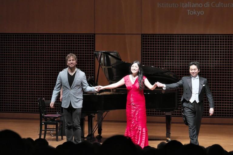 「原点回帰」。1900年1月にローマ歌劇場で行われた初演のプロダクションに遡り、作品そのものの真の姿に迫る———東京二期会オペラ劇場《トスカ》2月15日(木)に開幕