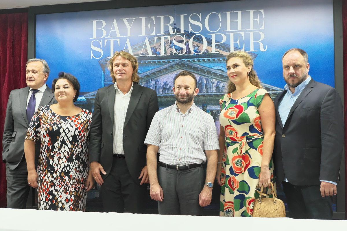 初来日の指揮者ペトレンコも出席。音楽と向き合う上での信条を語る―――バイエルン国立歌劇場2017年日本公演開幕記者会見